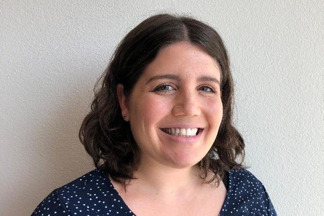 Dr. Lauren Jachimowicz Headshot Image
